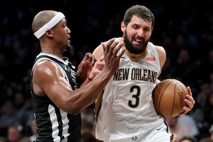 Pelicans Split Weekend Games