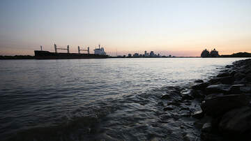 Local News - Man Rescued After Jumping Into Mississippi River At Buku Festival