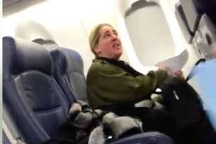 Woman Gets Kicked Off Plane for Being Total Beeeatch to Baby