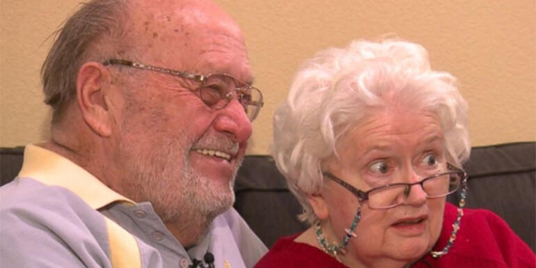Husband Continues Valentine's Day Tradition For Wife With Dementia