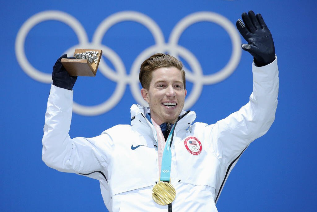 amy 39 s pile shaun white 39 s net worth is estimated at 40. Black Bedroom Furniture Sets. Home Design Ideas