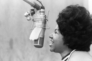 Remembering Aretha Franklin: 14 Facts About The Queen Of Soul