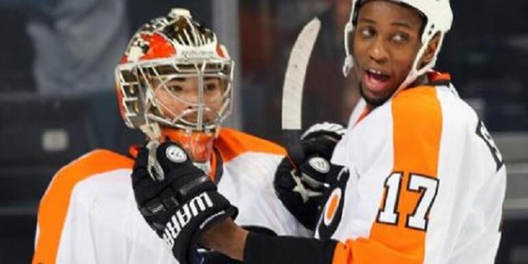 Flyers' Wayne Simmonds To Miss Time