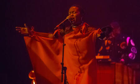 Entertainment - 16 Truthful Lauryn Hill Lyrics You Need In Your Life