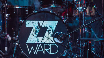 Photos - ZZ Ward at The Showbox with Billy Raffoul and Black Pistol Fire