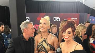 Elvis Duran - Elvis & Danielle on the iHeartRadio Awards Red Carpet