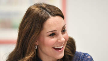 Weird News - An Optical Illusion Of Kate Middleton's Fingers Has Britain In A Tizzy