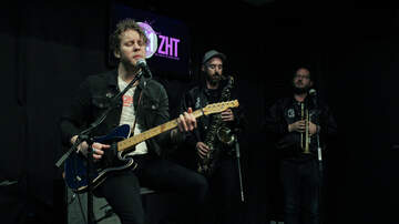 Photos - Anderson East Performs