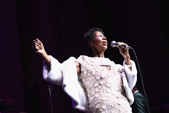 Aretha Franklin cancels two shows.