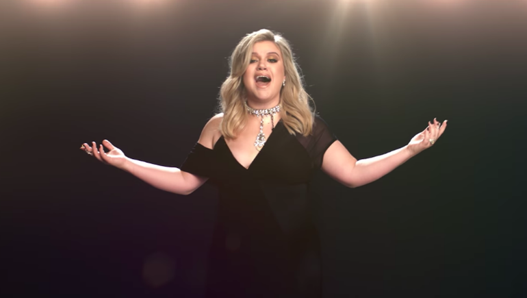Kelly Clarkson Comes Full Circle In Her 'I Don't Think About You' Video