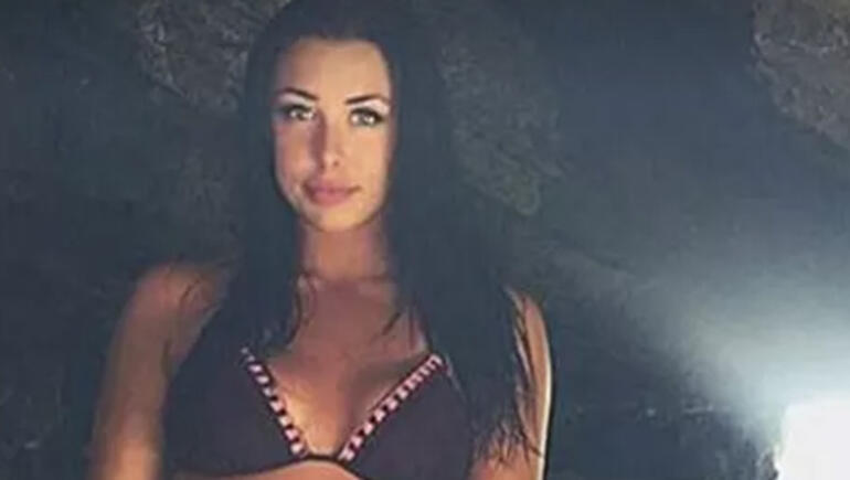 """Cocaine Babe"" Says She Smuggled Drugs For Instagram Likes"