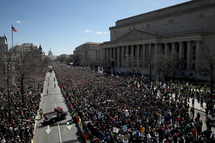 Hundreds Of Thousands Marched In DC For March For Our Lives