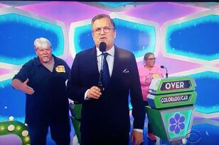 Price Is Right Contestant Suffers Embarrassing Handshake Fail