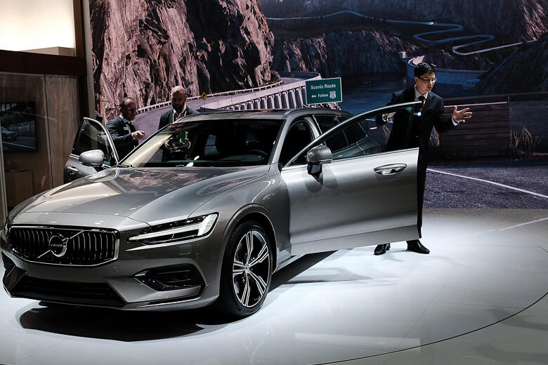 These Are The Hottest Cars At The New York International Auto Show - Car show 2018 nyc