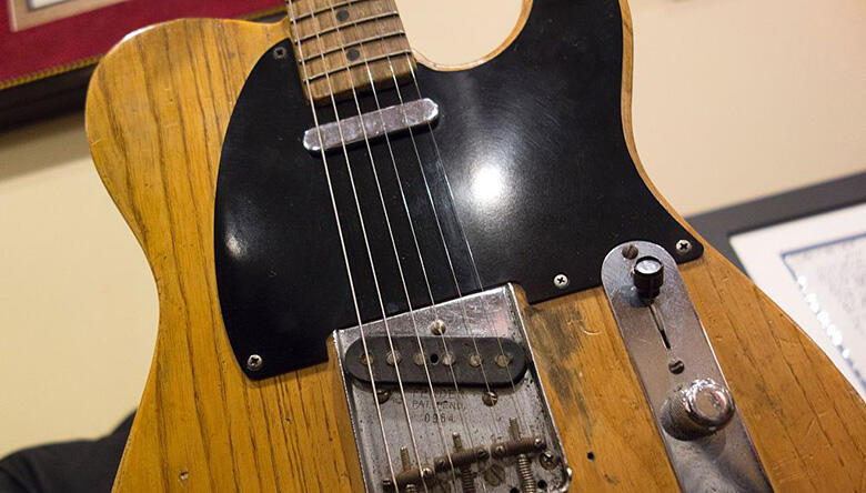 Stevie Ray Vaughan Guitar Goes To Auction