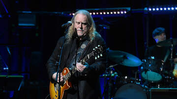 Carter Alan - Looking Back At Warren Haynes' Toughest Year