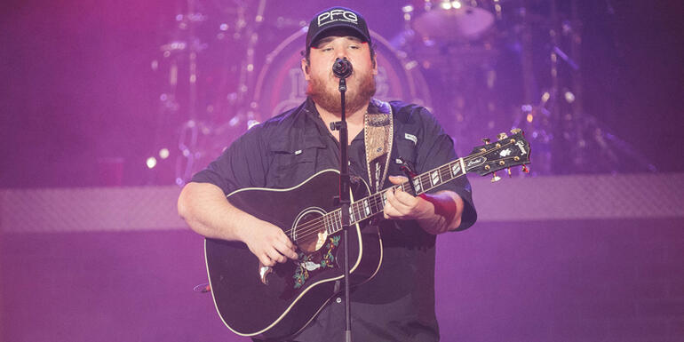 Luke Combs Announces Deluxe Album With 5 New Songs
