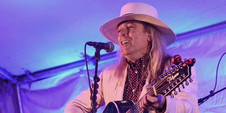 Robin Zander Promises New Cheap Trick Album This Year