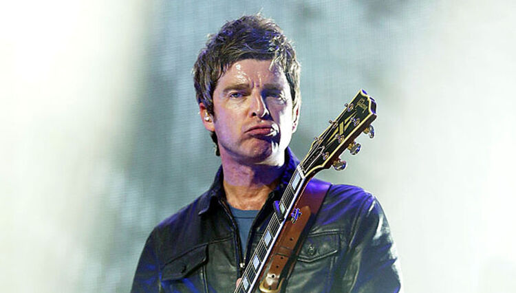 "Noel Gallagher Says It Would Be ""Arrogant"" to Not Play Oasis Songs Live"