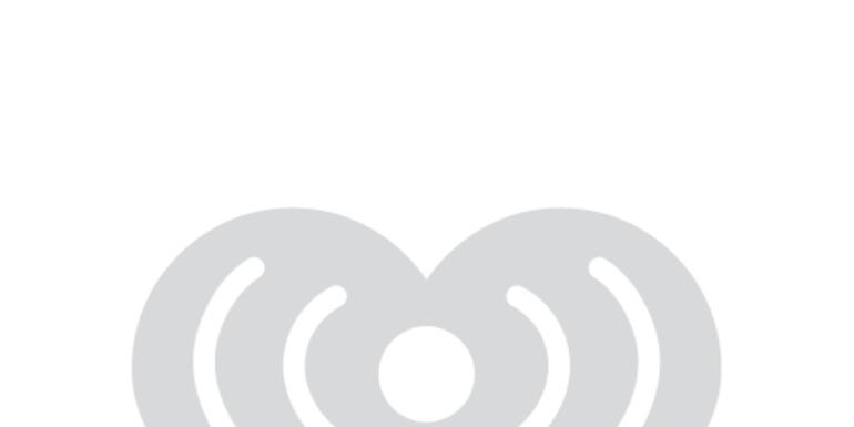 Jason Aldean talks with Ellen