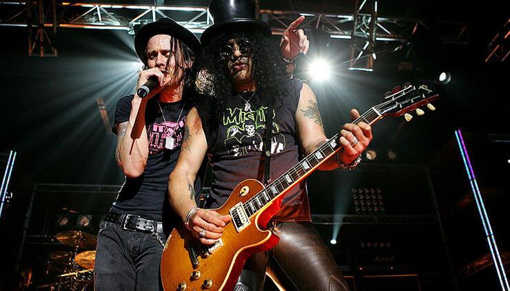 Slash Announces Solo Tour