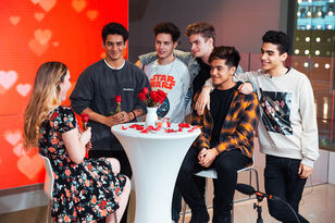In Real Life Goes Speed Dating With A Fan (VIDEO)