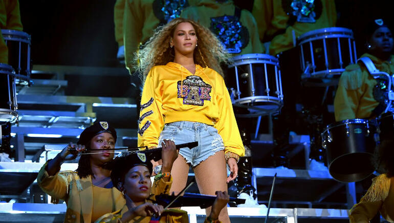 Watch This College Student Nail Beyonce's Coachella Dance Routine