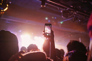 Will Phones Be Banned at Minnesota Concerts?