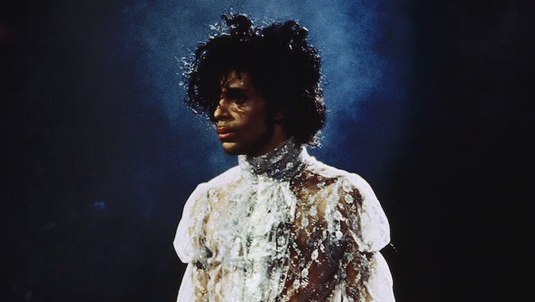 "Prince's 1984 Original ""Nothing Compares 2 U"" Gets Official Release (VIDEO)"