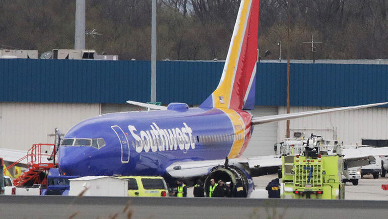 """Passenger On Southwest Airlines Flight Describes """"Chaos"""" After Engine Blew"""