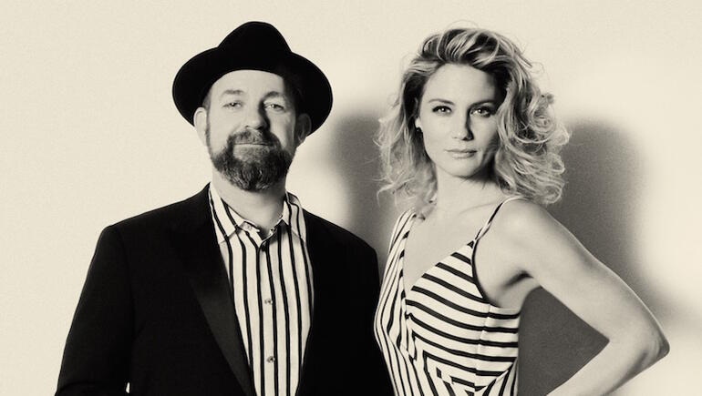 "Sugarland Reveals How Taylor Swift-Penned ""Babe"" Came Together (VIDEO)"