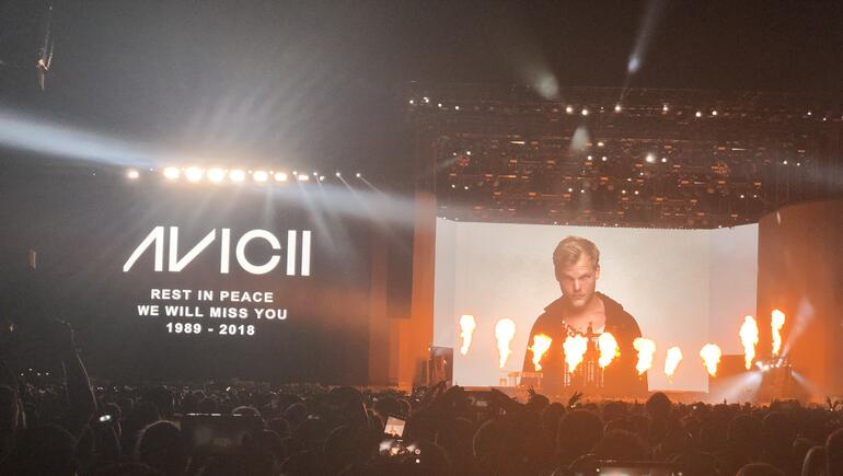 Kygo Gives Emotional Tribute To Avicii During Coachella Performance