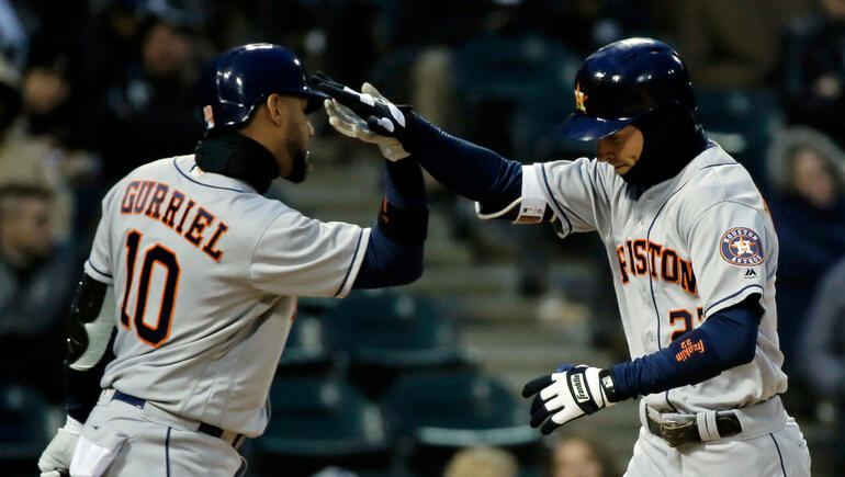 Astros slam White Sox 10-1