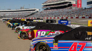 Photos - PICS: Richmond Toyota Owners 400 / Monster Energy NASCAR Cup race