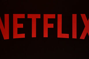 Remove Embarrassing Netflix Titles From Your Viewing History