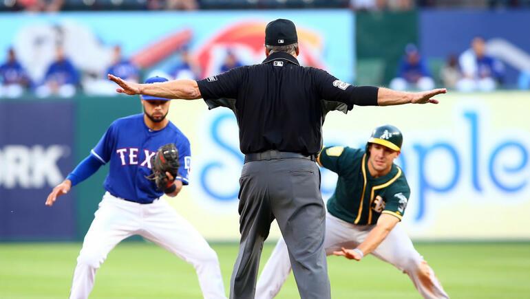 Athletics Hold Off Rangers 3-2