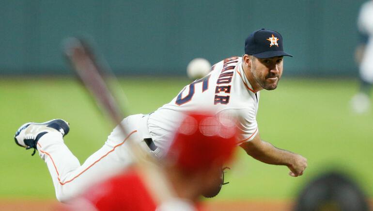Verlander Helps Astros Avoid Sweep By Angels