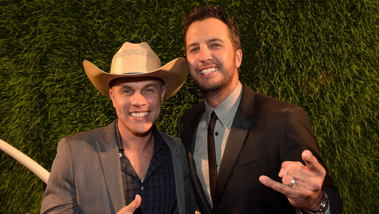 Dustin Lynch Is Jealous of Luke Bryan: 'The Man Can Do No Wrong'