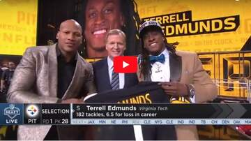 The Morning Freak Show - Ryan Shazier Walks On Stage Makes Steelers Pick