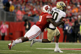 NFL Draft: Wisconsin CB Nick Nelson selected by Oakland
