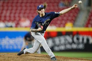 Josh Hader makes MLB history in Brewers' win over Cincinnati