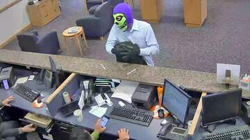 Local News - Bizarre Bank Robbery in Weston