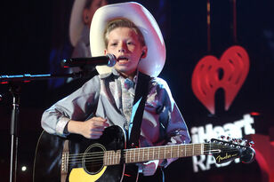 Mason Ramsey Yodels & Performs Debut Single at iHeartCountry Festival