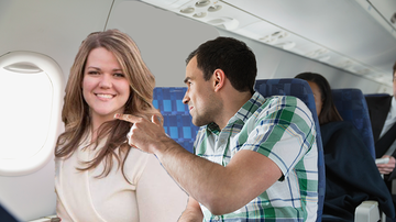 Johnjay And Rich - Hero Stands Up For Body-Shaming Victim On Plane