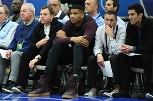 Giannis Antetokounmpo discusses new coach Mike Budenholzer