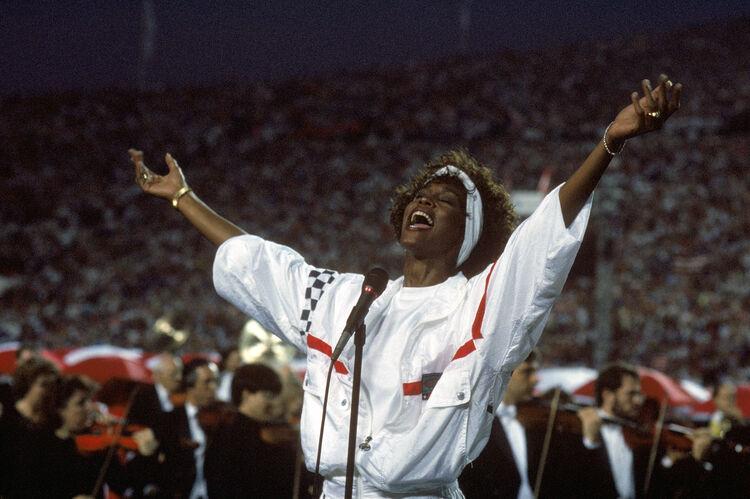 Whitney Houston-photo:Getty Images North America