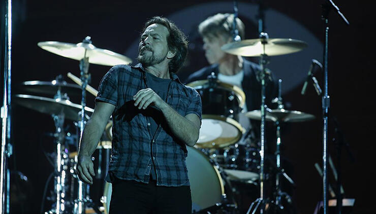 "New Pearl Jam Album Is In ""A Limbo State"" 