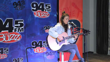 The Gallery Furniture Live Theater on The Buzz - Amy Shark