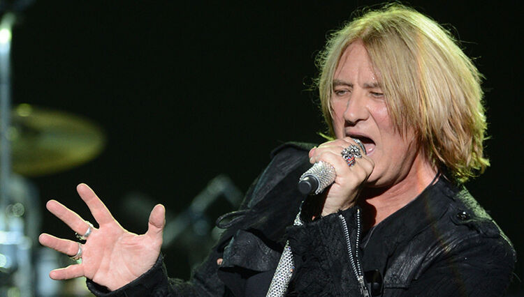 Def Leppard's Joe Elliott Blasts Rock and Roll Hall of Fame