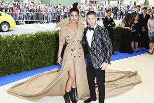 Nick Jonas and Priyanka Chopra Spark Dating Rumors: Pics